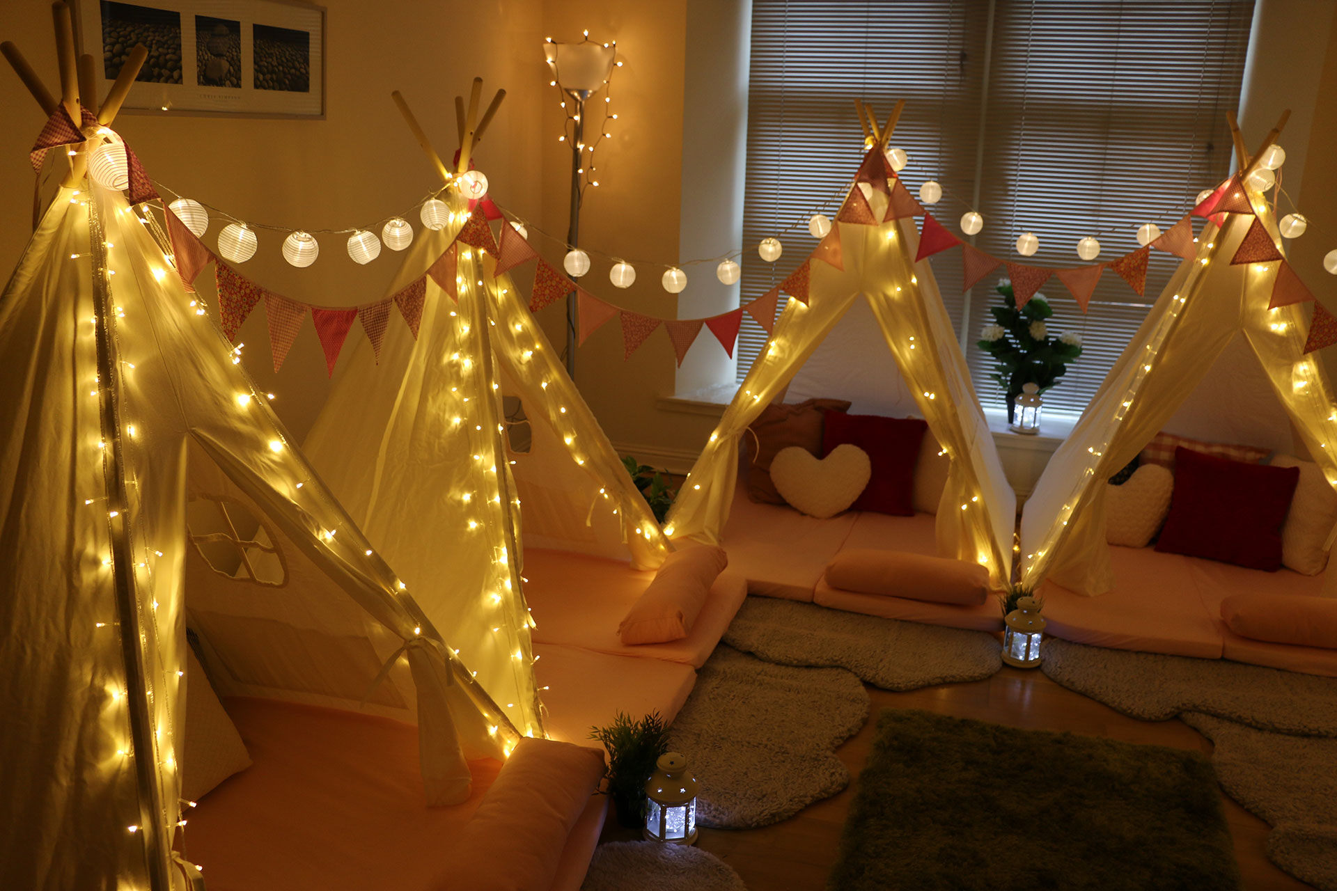 Mini-indoor-tipi